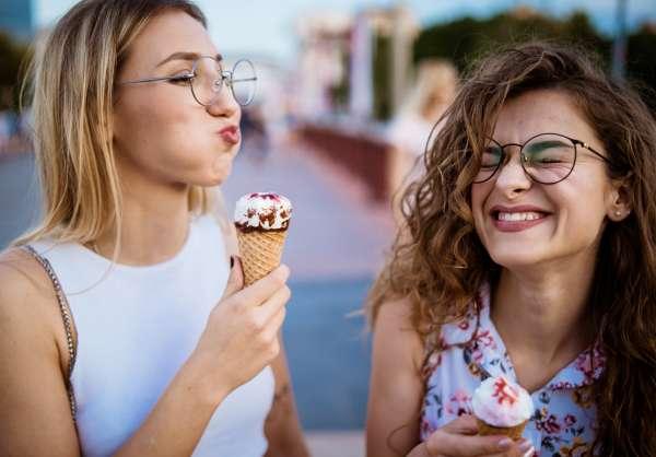 Set Your Sight on 5 Summer Eyewear Trends