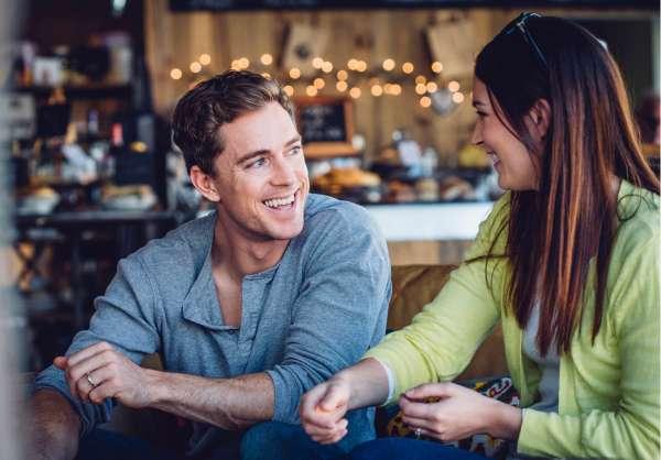 Les Mouvements Oculaires Peuvent Révéler La Différence Entre l'Amour, l'Attirance Et l'Amitié